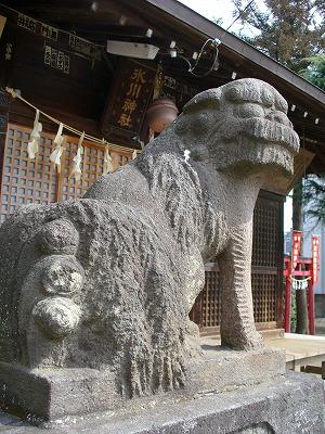 氷川神社孔雀狛犬